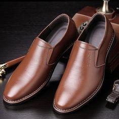 Scarpe classiche da uomo casual a punta con slip da lavoro