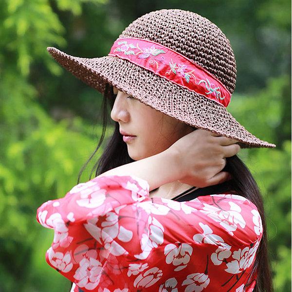 Sombreros de paja hechos a mano étnicos respirables de las señoras Sombrero  de cubo plegable plegable 5062a67bd32