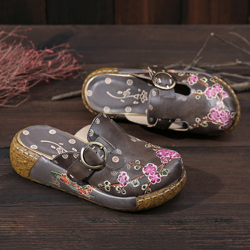 ed3bfbdfdee SOCOFY Retro Flowers Pattern Stitching Genuine Leather Adjustable Buckle  Strap Platform Sandals