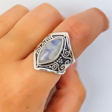 Vintage Moonstone Finger Ring
