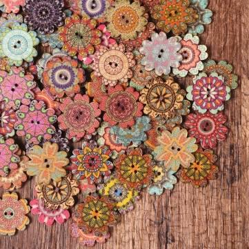 Lot de 100pcs boutons à coudre en forme floral en bois