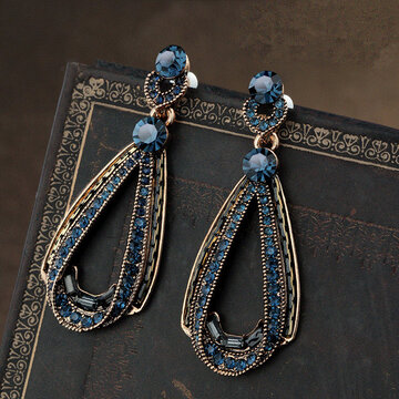 Luxury Blue Crystal Ear Drop