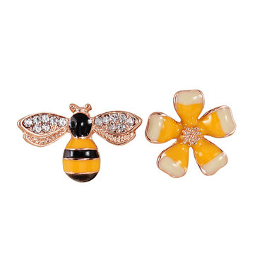 Flower Honeybees Asymmetric Earring