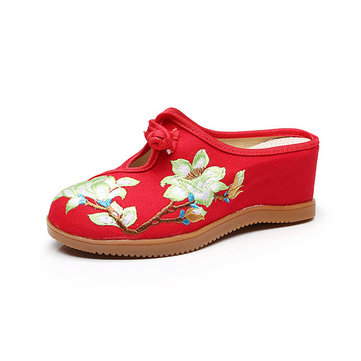 Hollow Out Embroidery Flower Loafers, Red black blue white